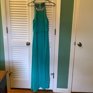 Turquoise maxi! Slit in the back!